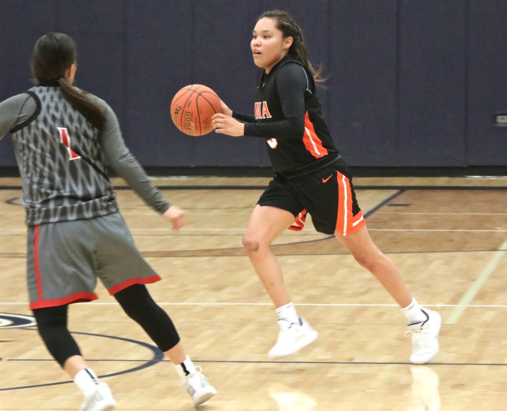 Sophomore Jacqulynn Nakai (Coconino HS) scored a team-high 23 points on 8 for 11 shooting. She also had nine assists and four rebounds as the Aztecs beat Arizona Christian University Developmental 108-78. The Aztecs produced six scorers in double figures. Photo by Stephanie Van Latum