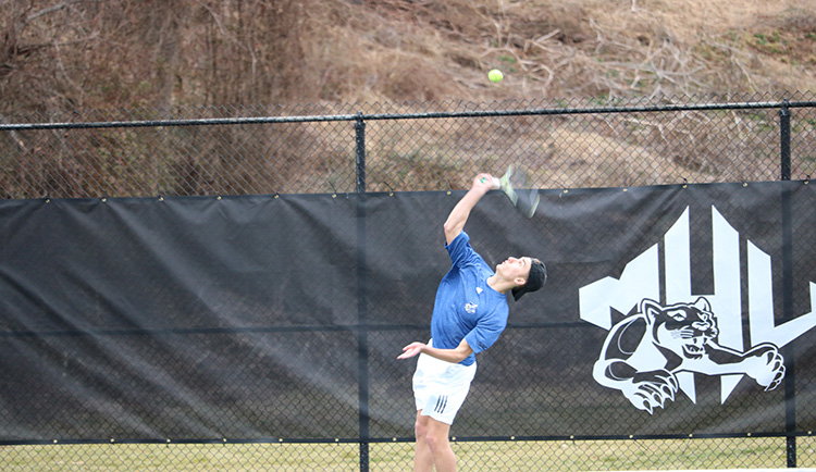 Mars Hill wins third straight, takes down Montreat
