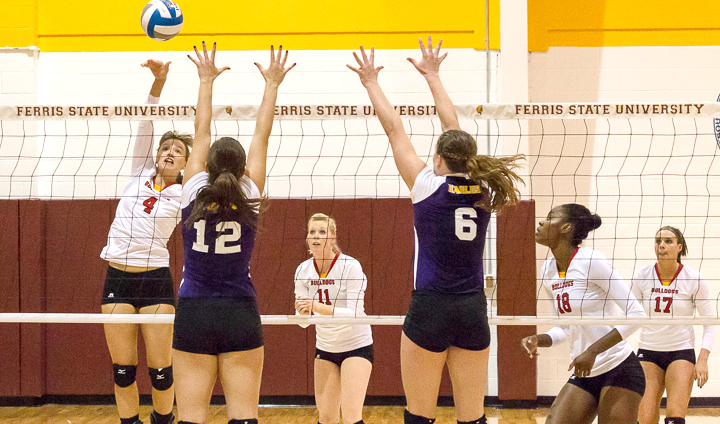 Volleyball Resumes Conference Play On The Road This Week