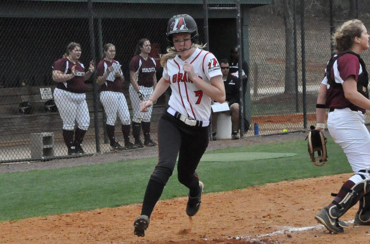 Softball: Panthers open USA South schedule with sweep of Meredith
