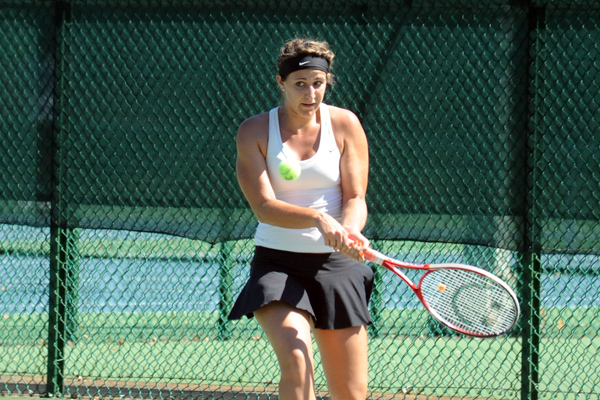 Lady Hawks tennis delivers solid performance in John McWilliams Invitational