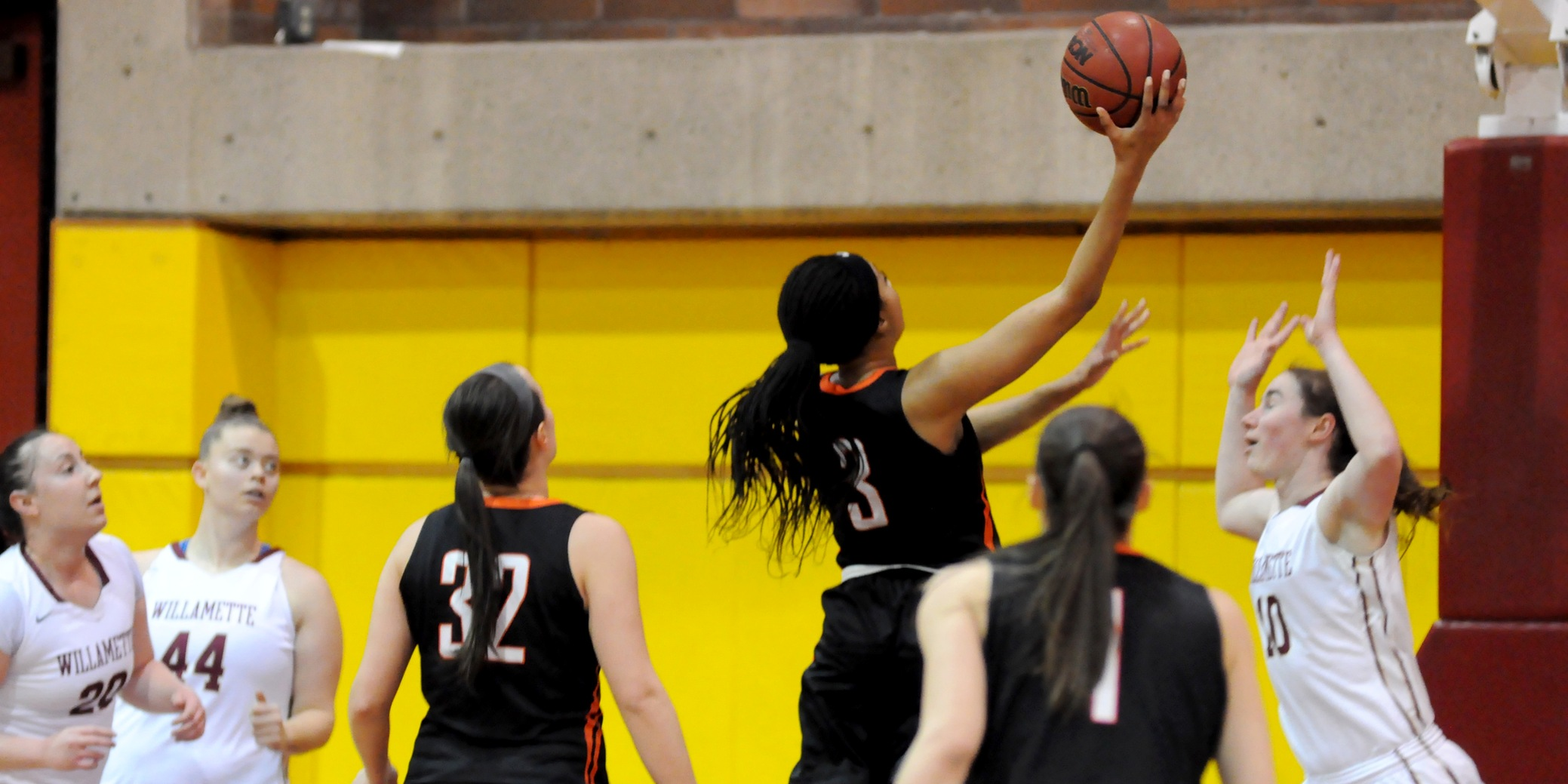 Second half gets away from Pios in road defeat