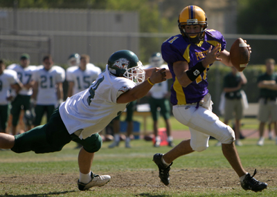 Football Beats Redlands in OT, Scurlock '08 Throws for Two TDs