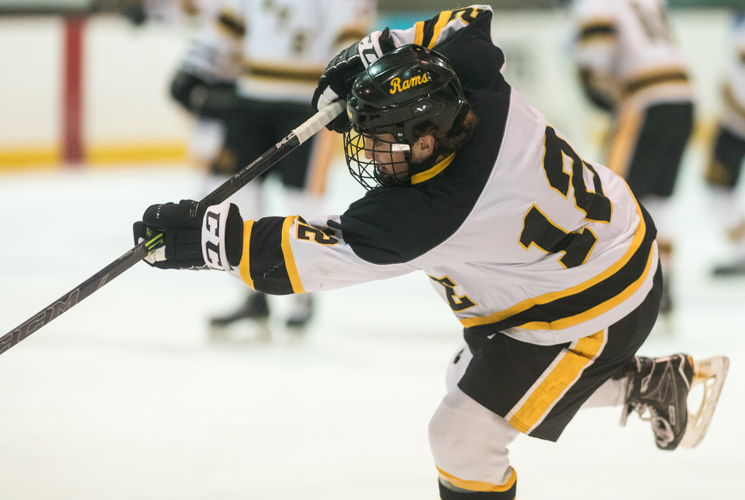 Salem Holds Off Ice Hockey to Close First Semester
