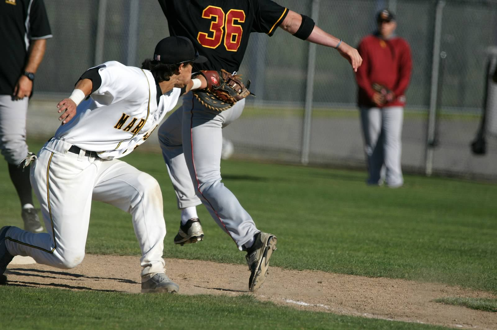 Mariners Drop a Heartbreaker to Los Medanos