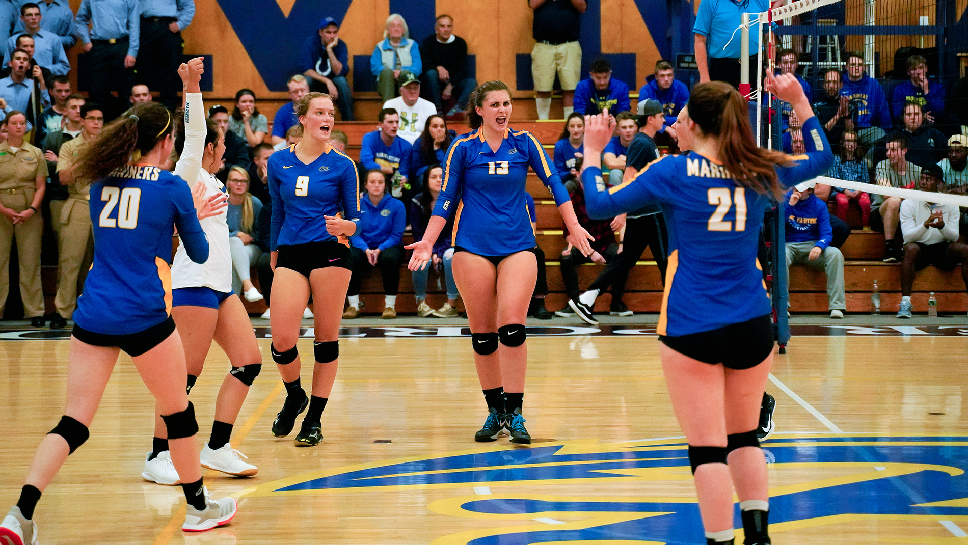 Volleyball Earns First-Ever Straight-Set Win Over Colby