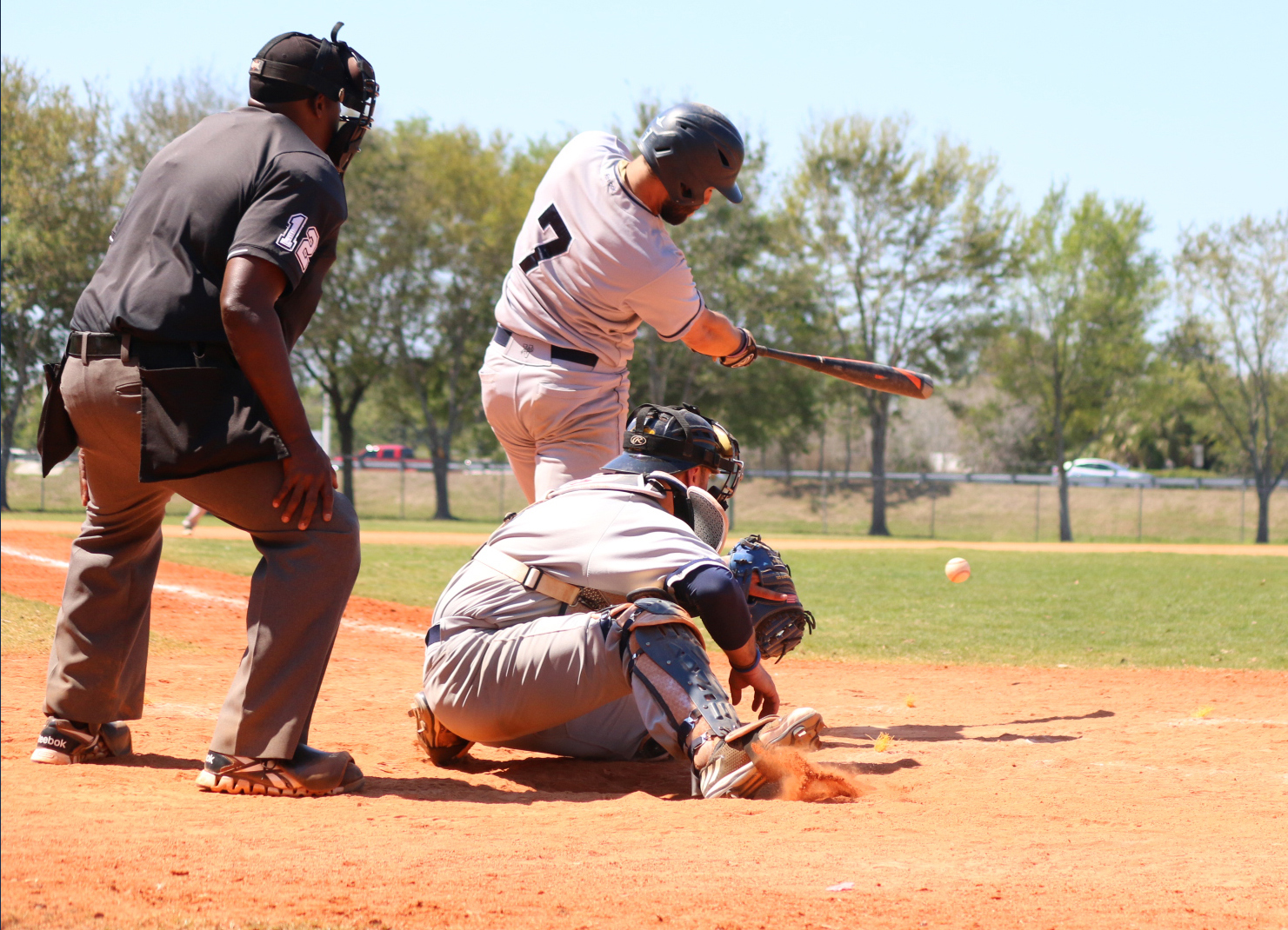 Baseball Stretches Streak to Seven, Downs Curry, 10-6