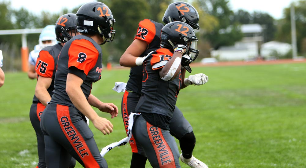 Football tops MacMurray 41-30 to take sole possession of second place