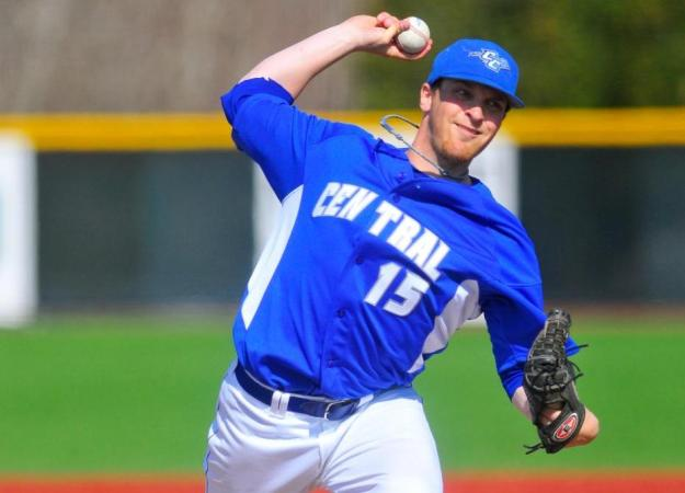 Glynne, Blue Devils Top Monmouth 3-1