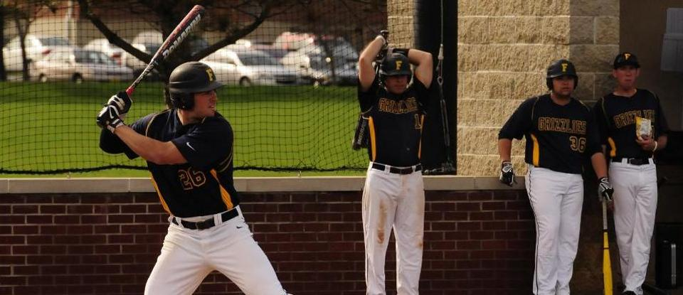 Baseball Wins Third HCAC Road Series at Transylvania