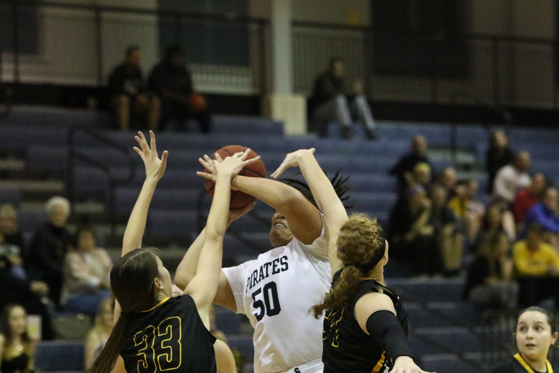 Woolfolk Leads Women's Basketball Past Texas Lutheran