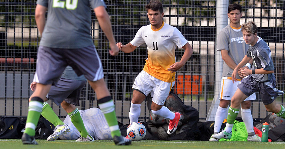 Men's Soccer Opens Season with Tie at Husson