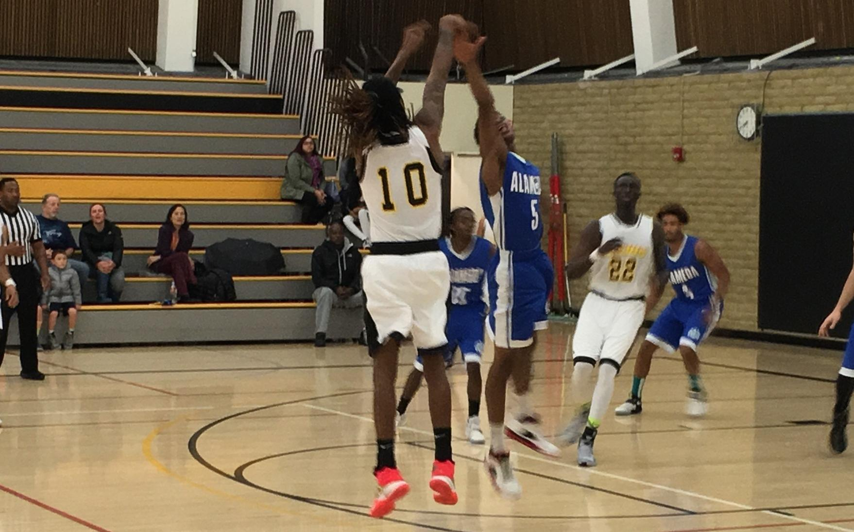COM Men's Basketball Keeps on Rolling with 103-77 Win over Alameda
