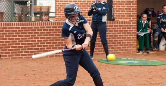 GC Softball Sweeps Francis Marion in Tight Contests, 7-6 and 3-2