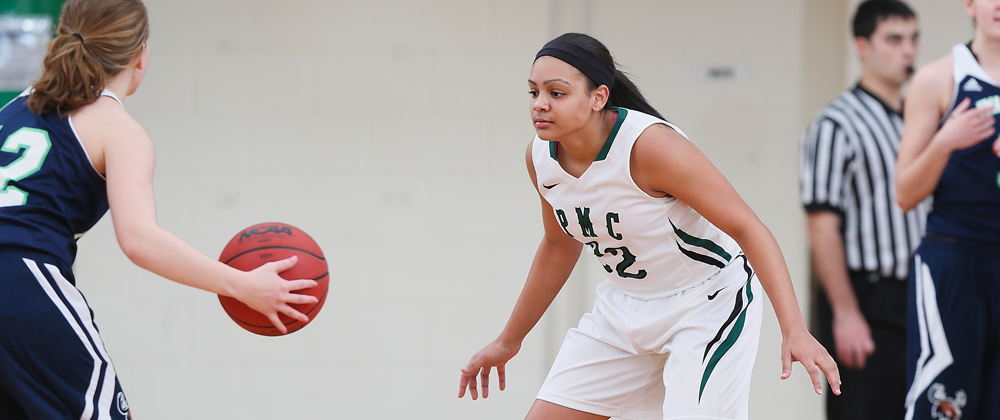 Late Surge Not Enough To Rally Gators Past Mount Ida