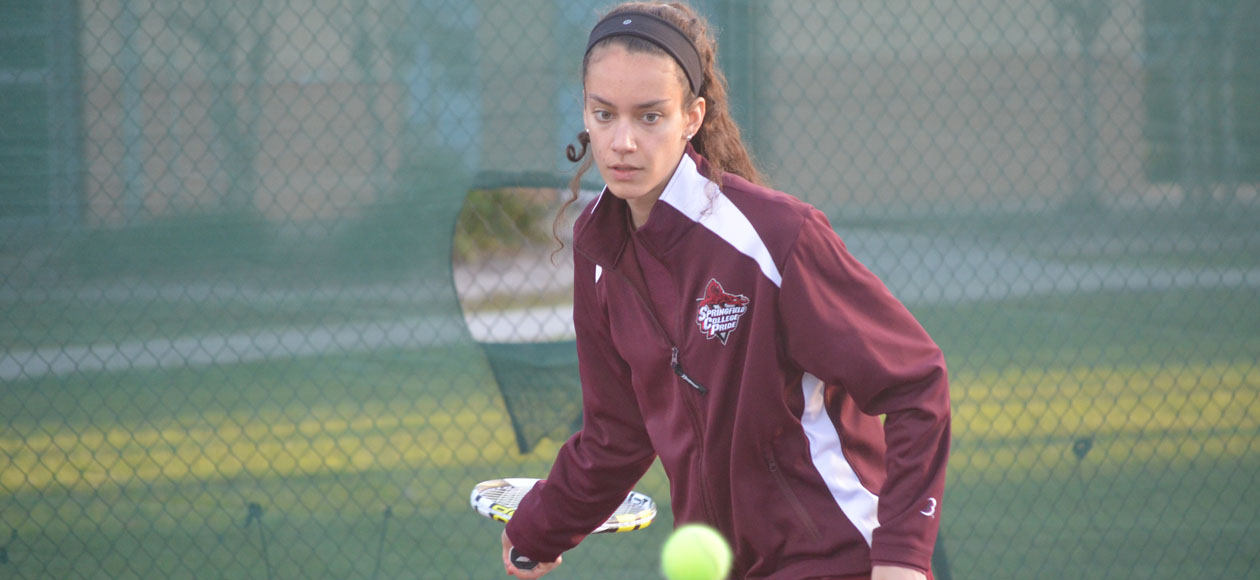 Women's Tennis Cruises Past Illinois Wesleyan, 8-1