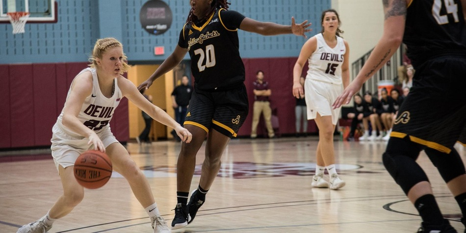 No. 5 Women's Basketball Dominates Second Quarter en Route to 13th Straight Win, 67-44 Over Nyack