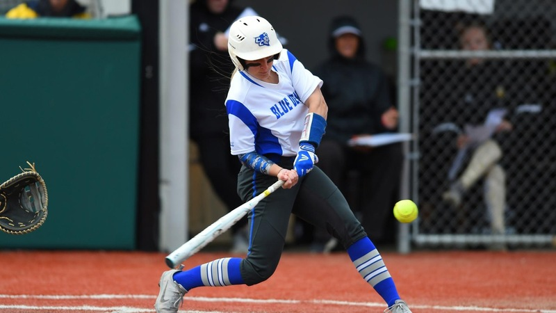 Softball Drops Pair of Contests to Saint Francis on Sunday