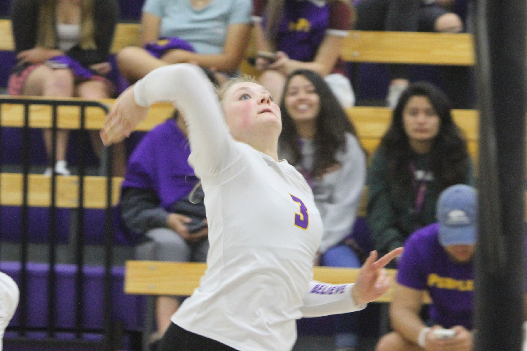 Regals Volleyball Drops Two on Day Two of Pacific Coast Classic