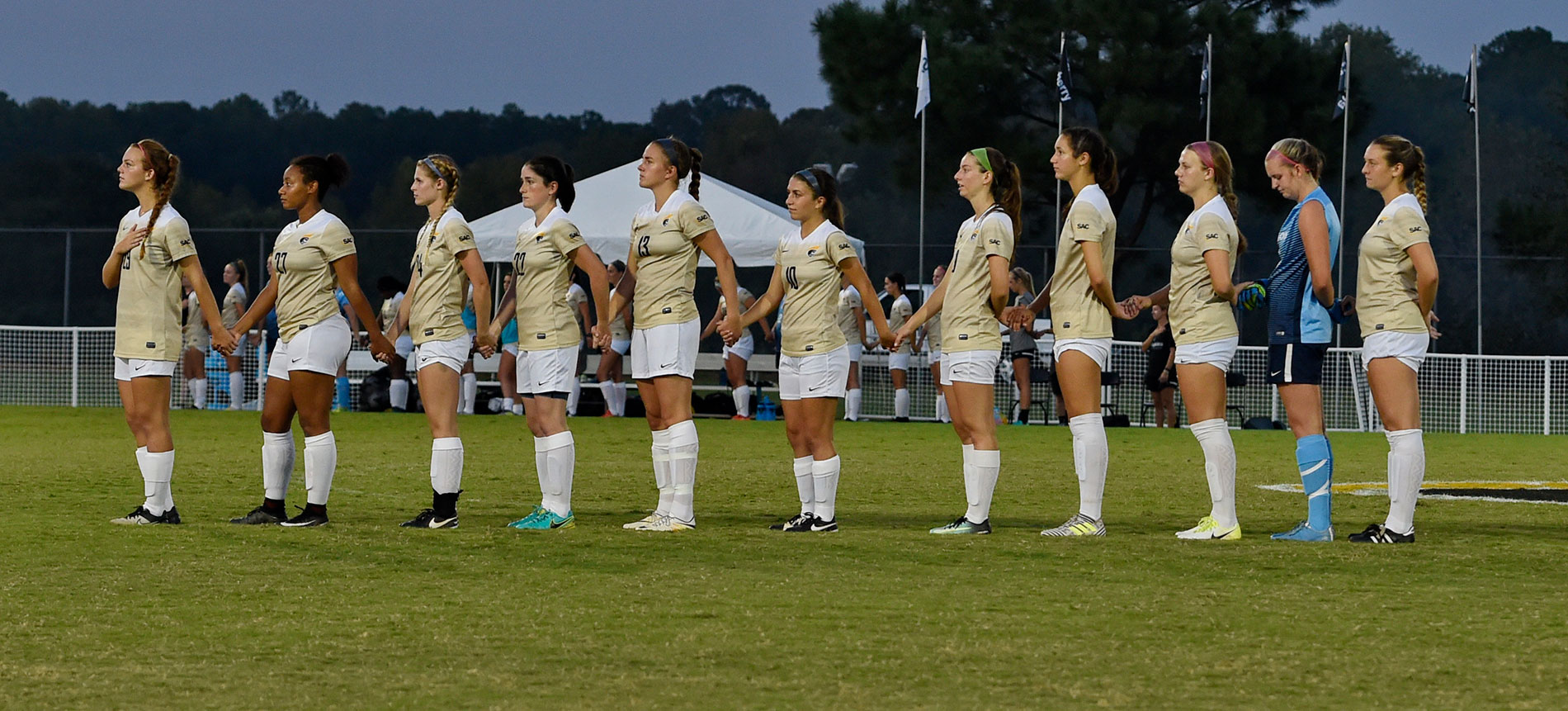 Women's Soccer Plays on the Road at Queens on Wednesday