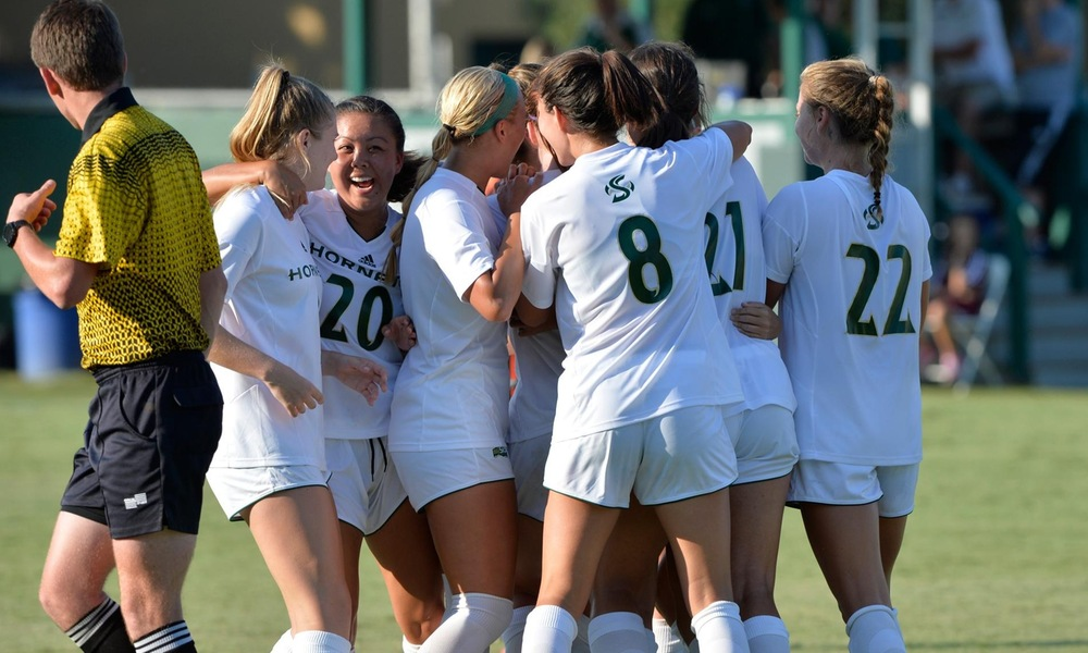 WOMEN'S SOCCER CLINCHES POSTSEASON SPOT, ADVANCES TO THIRD STRAIGHT TOURNAMENT