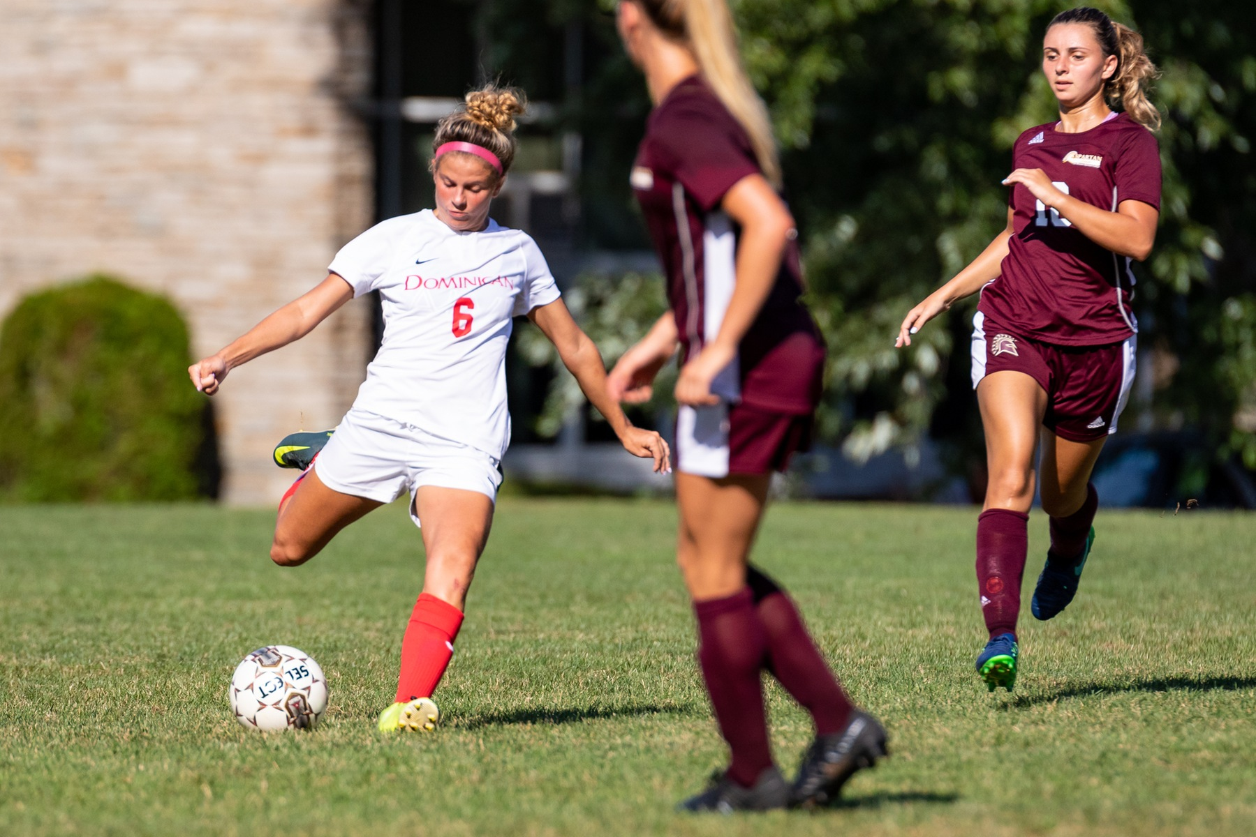 LADY CHARGERS UPEND CHESTNUT HILL COLLEGE