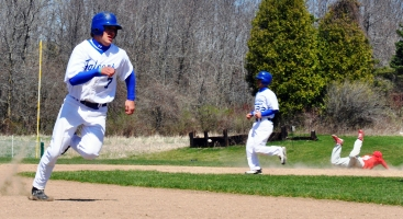 Falcon baseball rallies to defeat Edgwood 4-3