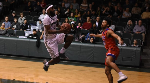 Fast start paces Seward hoops to easy win over Cougars and date in Region VI finals