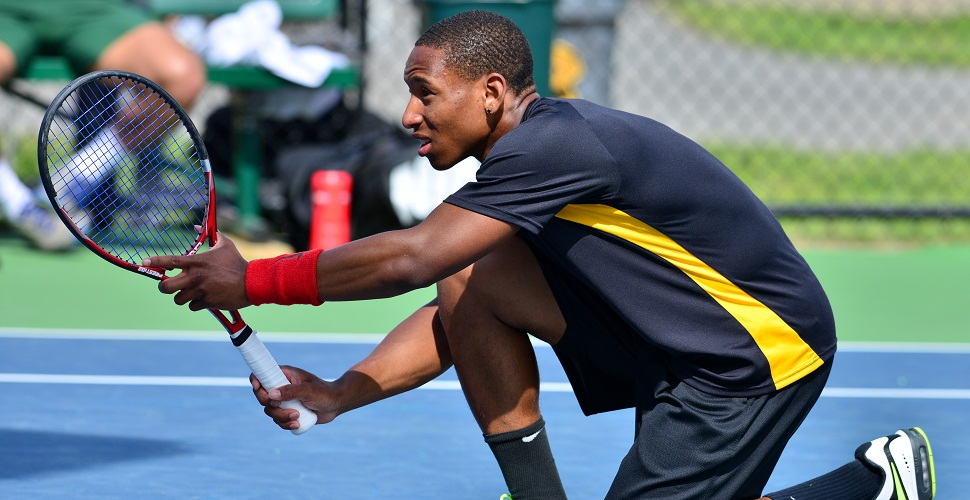 Men's Tennis Ends Texas Trip With Setback at Texas A&M Corpus Christi