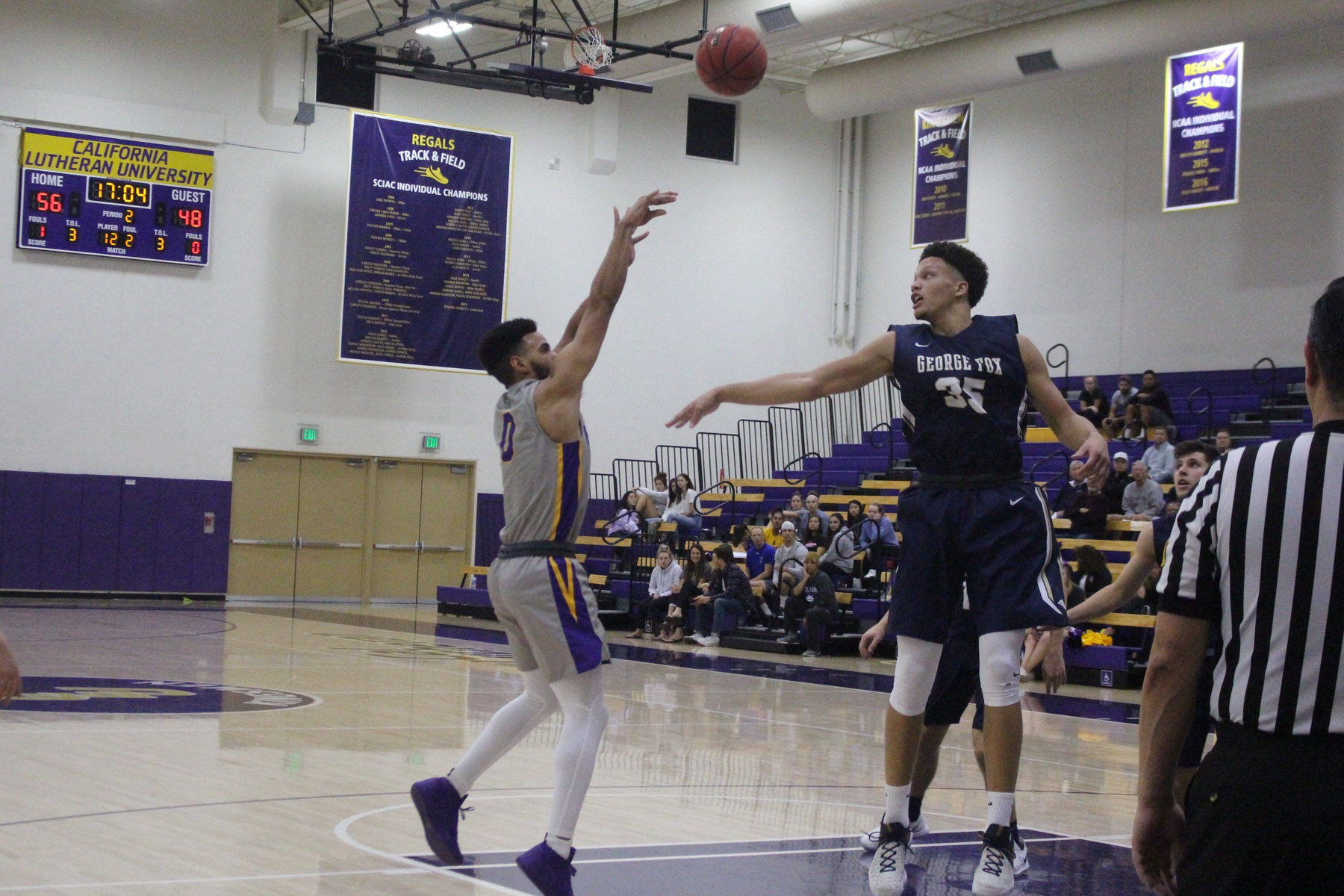 Four Kingsmen Score Double-Digits in Win