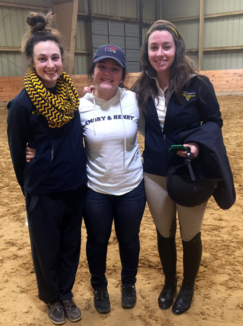 Intermont Equestrian IHSA Team Finishes The Regular Season Fourth In The Region