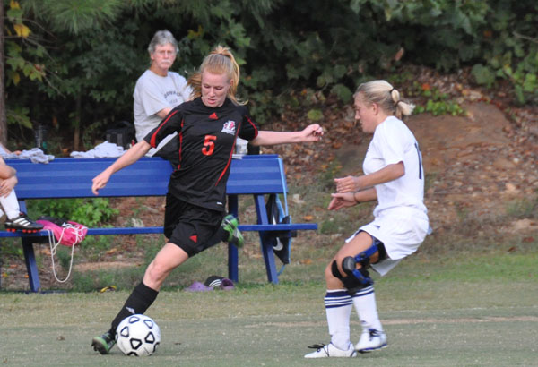 Women's Soccer: Panthers down Oglethorpe 4-1