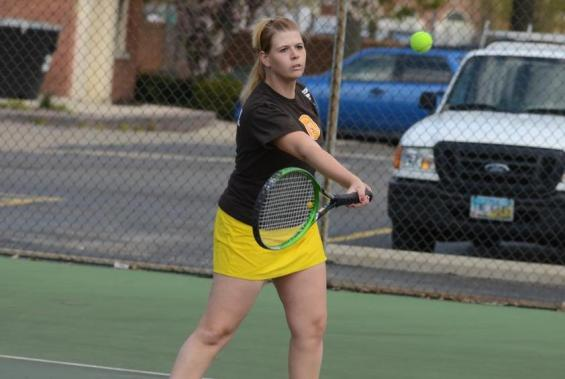 oberlin senior singles 2018 (junior): earned all-ncac first-team honors for the third consecutive season in singles and doubles play  was also named the ncac doubles team of the year with partner emma alsup for the second-straight year  posted a 12-11 singles record, including a 9-9 mark in top-flight singles  went 18-9 overall on the doubles court.