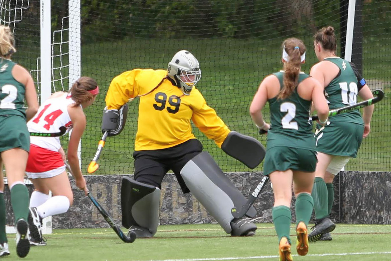 Late Goal Sinks Field Hockey