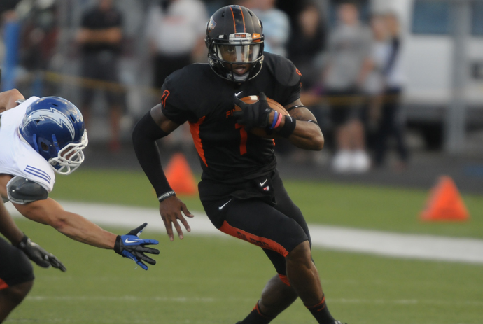 Reed Leads Oilers to 46-38 Win Over Chargers