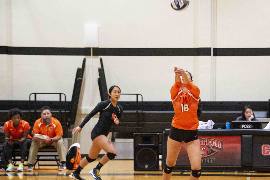 Volleyball's Win Streak Ends at Redlands