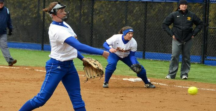 Perkins, Schuh toss shutouts as Softball sweeps MSOE in NACC twinbill