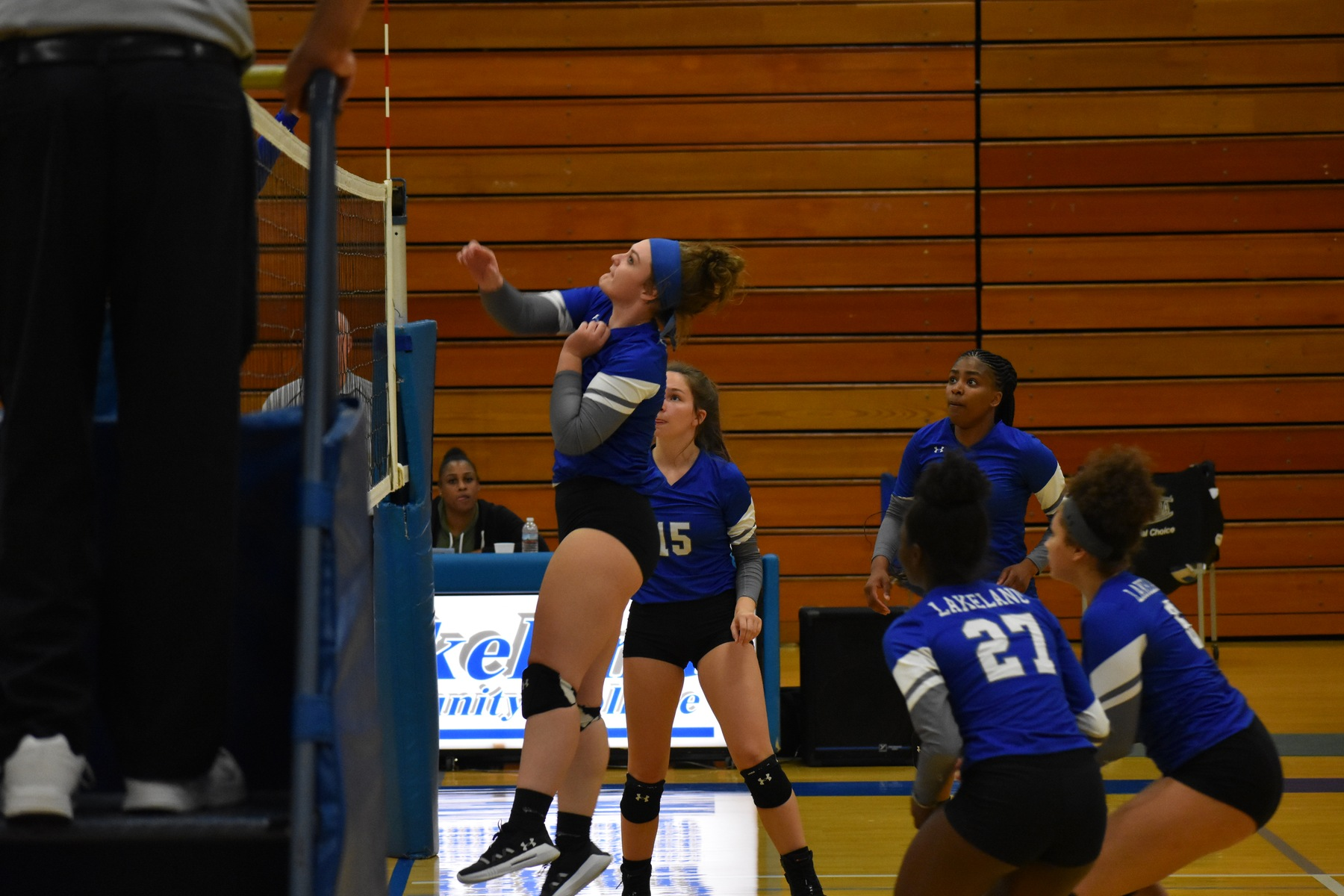 Laker volleyball falls to Edison State in straight sets