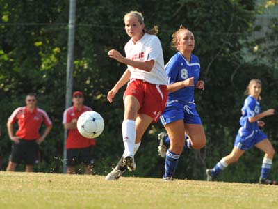 Cardinals suffer 3-0 setback at Stevenson