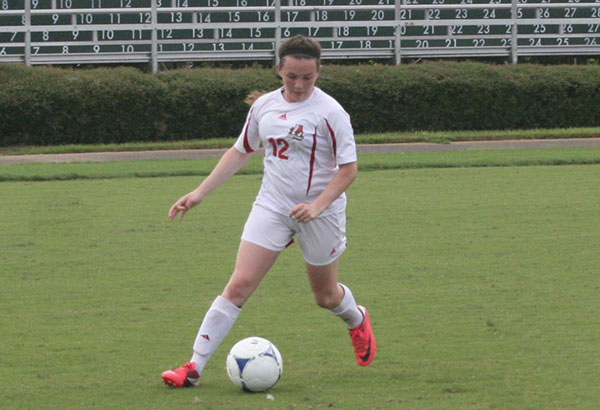 Women's Soccer: Panthers take on Stormy Petrels in road match