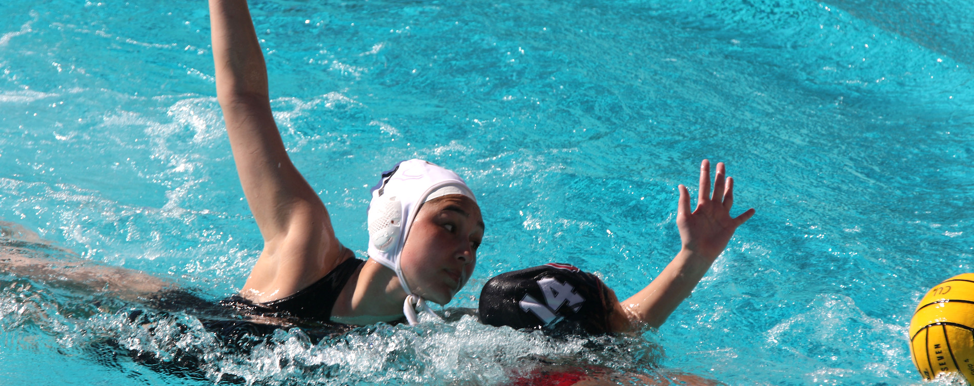 Le Named CWPA Rookie of the Week