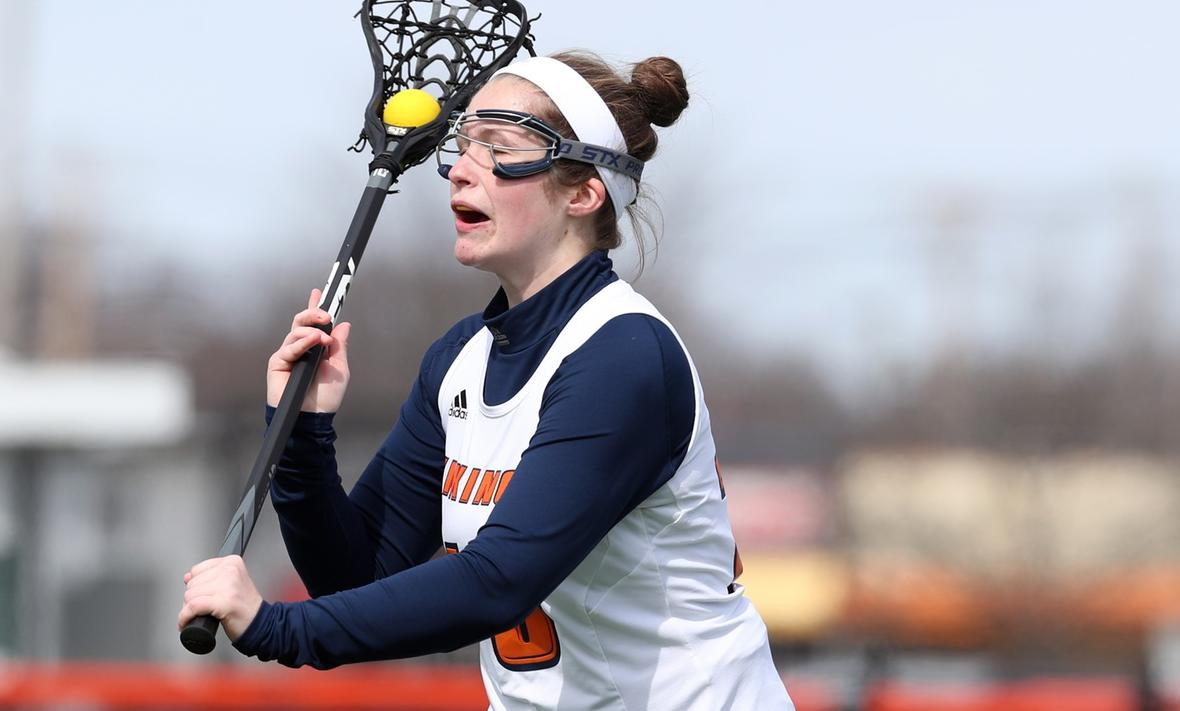 Salem State's Late Run Gives Vikings 10-9 Win