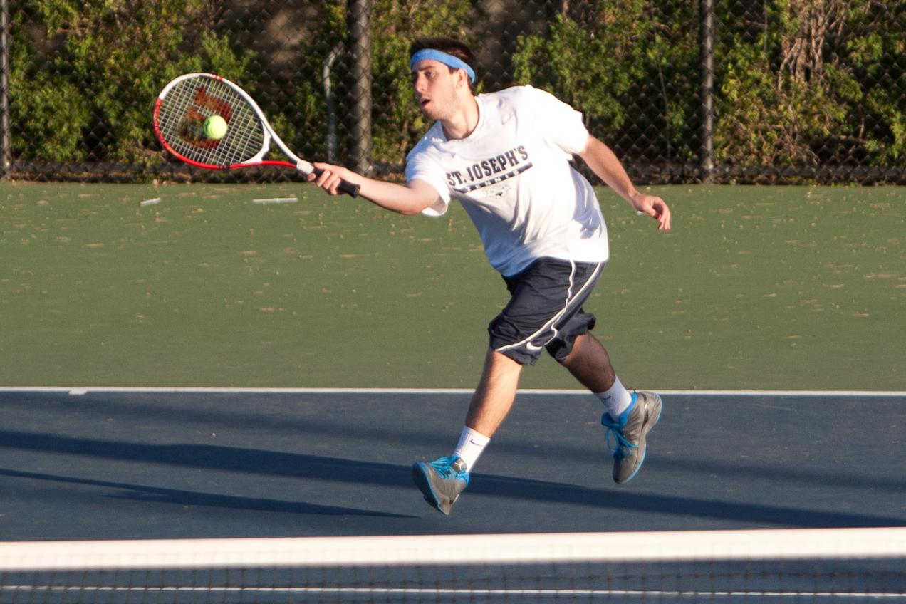 Men's Tennis Opens 2014 Season With Loss to Merchant Marine
