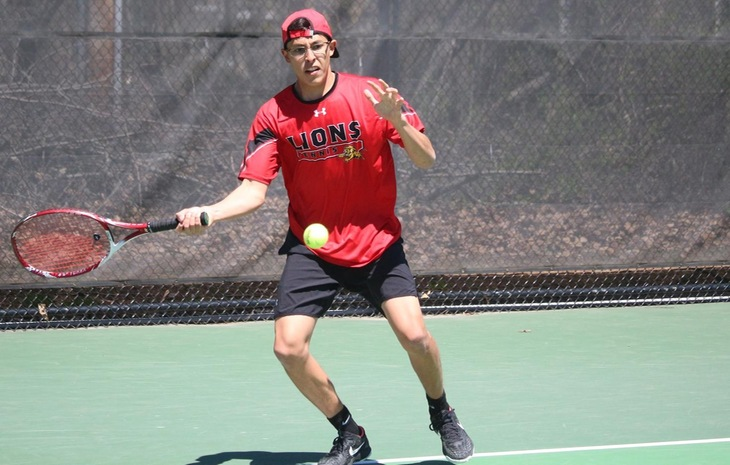 Men's Tennis Tops Wilkes 8-1, Falls to Spring Arbor 8-1