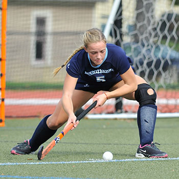 Field Hockey Climbs to #17 Nationally; Wagner & DiCesare Also Honored
