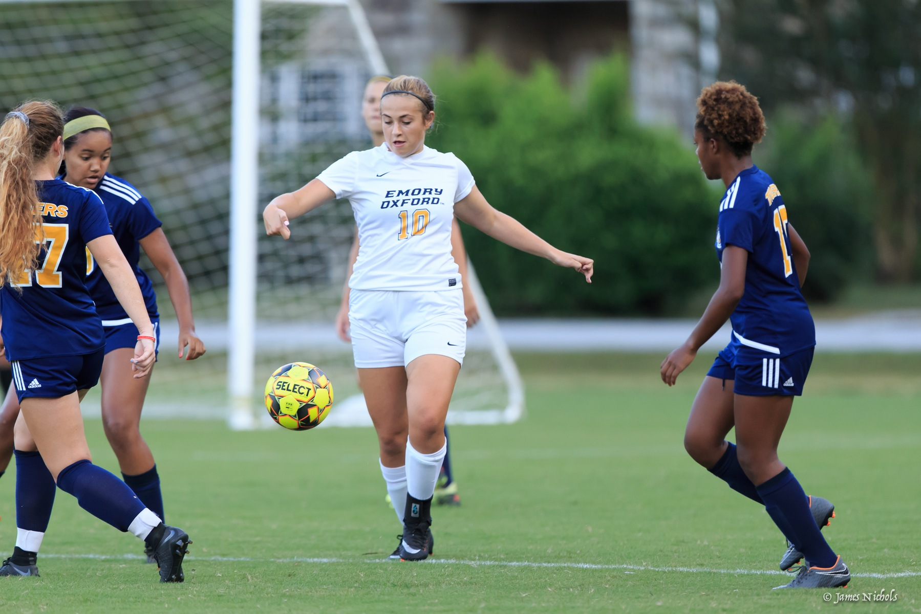Women's Soccer Wins On Sophomore Day