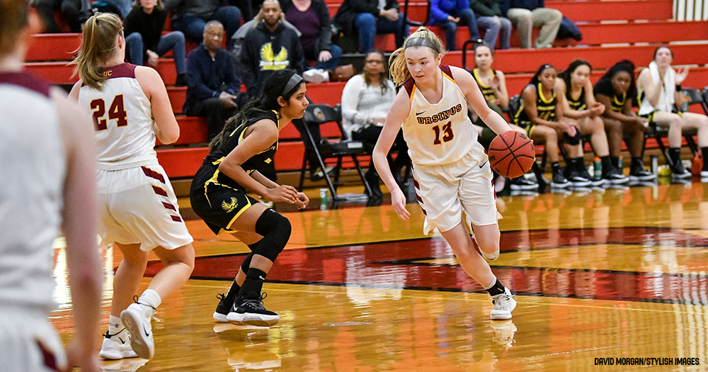 Women's Hoops Nipped by Mules