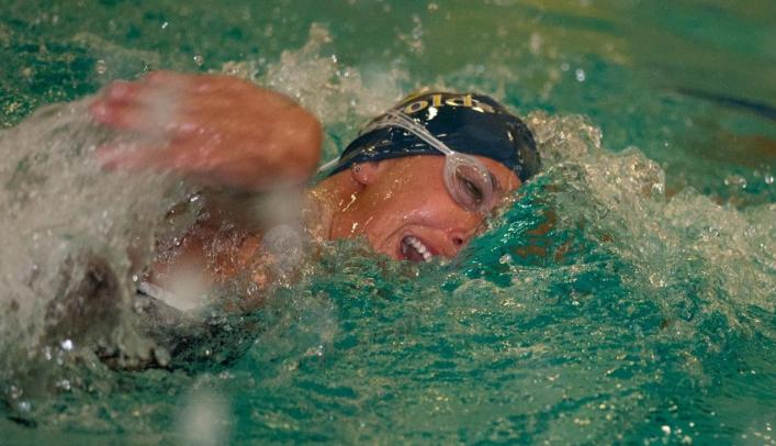 Women's Swimming & Diving Competes at Northern Michigan