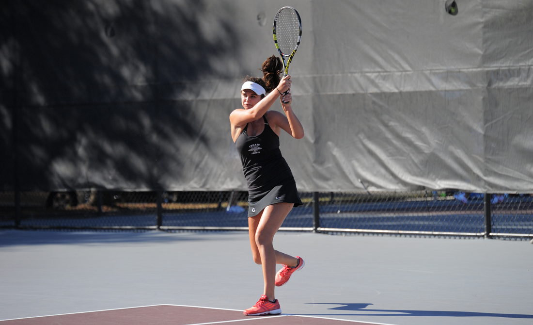 UChicago women's tennis clinches dramatic UAA semifinal 5-4 over Washington-St. Louis