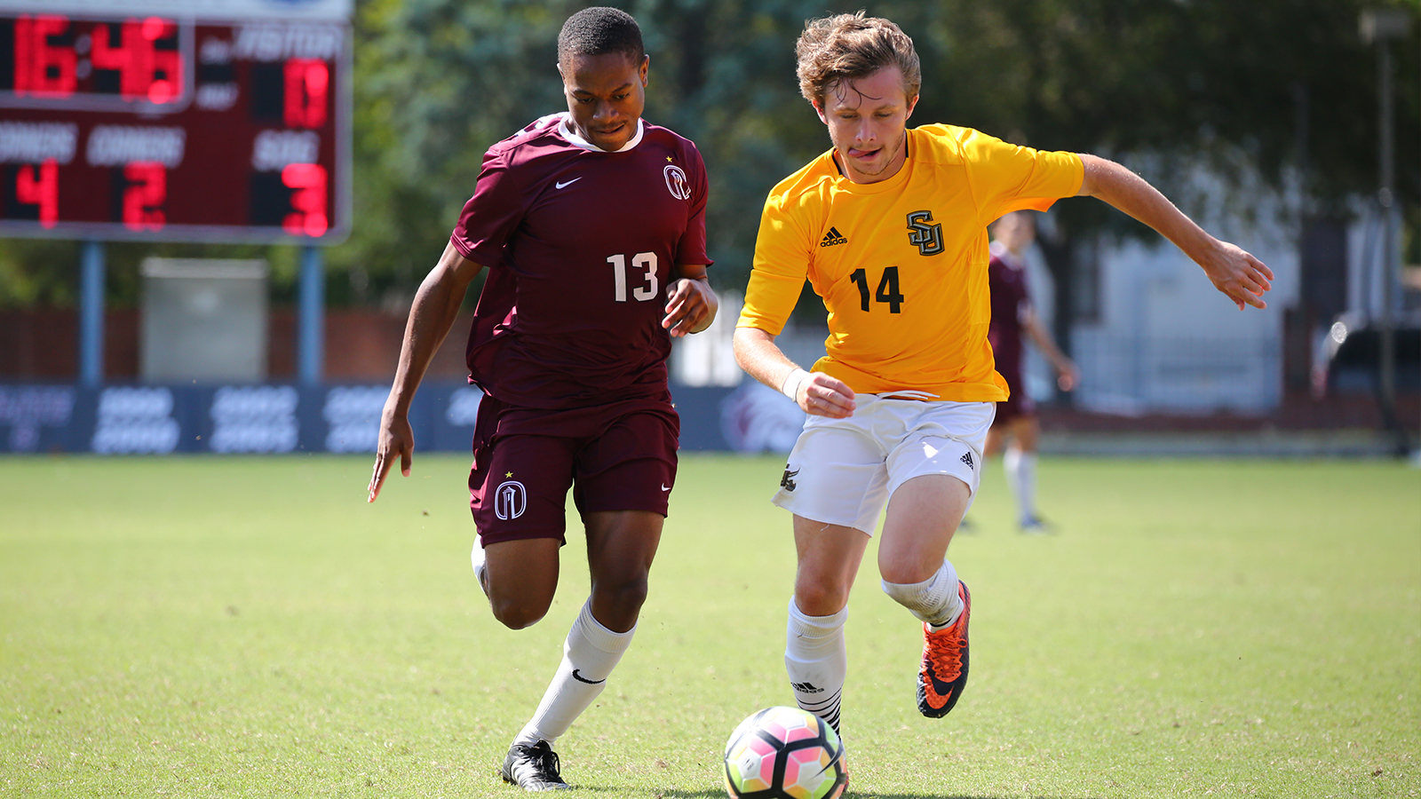 Pirates Can't Overcome Early Goals in Road Loss to No. 2 Trinity